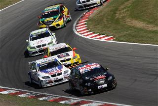 Brands Hatch WTCC 2010