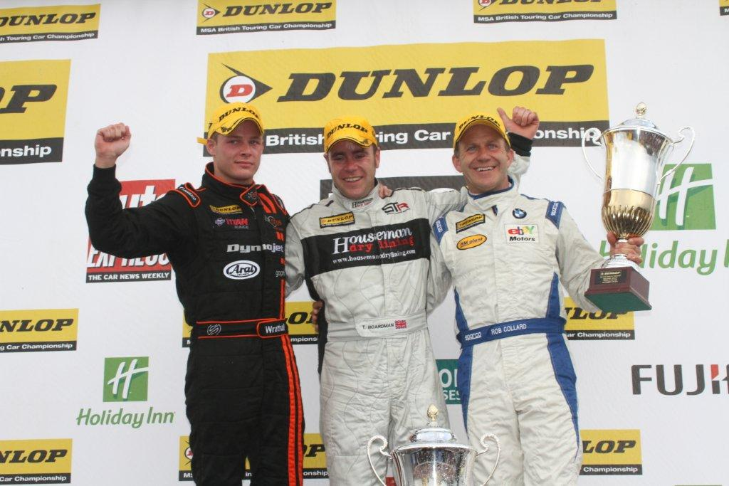 Tom wins Race 3 at Knockhill – Marc Waller